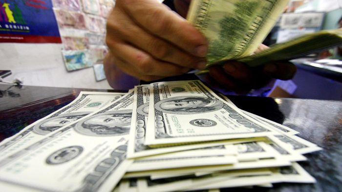 Dolar AS Kembali Menguat ke Rp 14.085