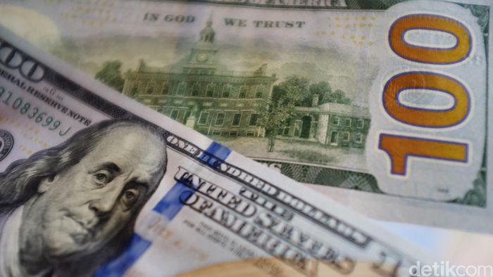 Dolar AS Balik Lagi ke Rp 14.000