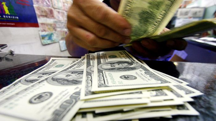 Dolar AS Balik ke Level Rp 14.000-an