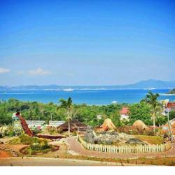 Villa Gardenia Tawarkan Taman Bermain dengan View Laut