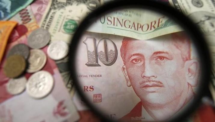 Terancam Resesi, Dolar Singapura Nyaris ke Bawah Rp 9.800
