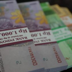 Rupiah Menguat ke Rp 14.230/US$