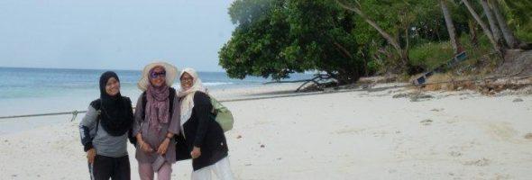 Keindahan Menggoda Pulau Lelangga Balak